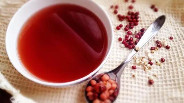 减肥这么吃红豆:排毒养颜,肚子瘦起来